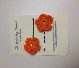 Crochet Flower Bobby Pin Set, Orange